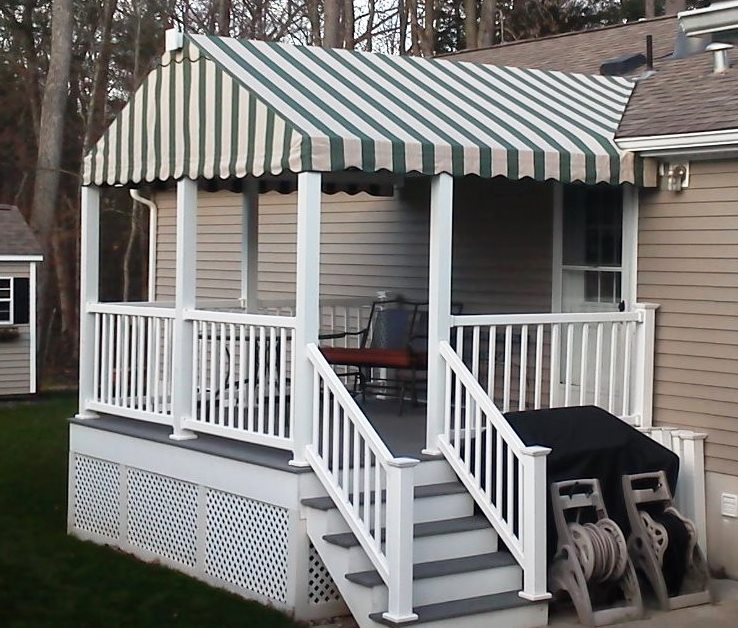 gable-end-style-4-extruded-alum-comb-incorporated-into-existing-pvc-rail-with-sunbrella-cover